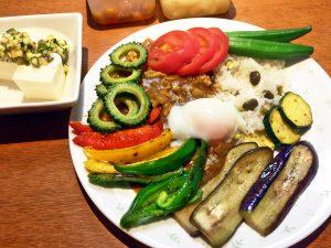 夏バテ対策に栄養たっぷりの夏野菜カレー