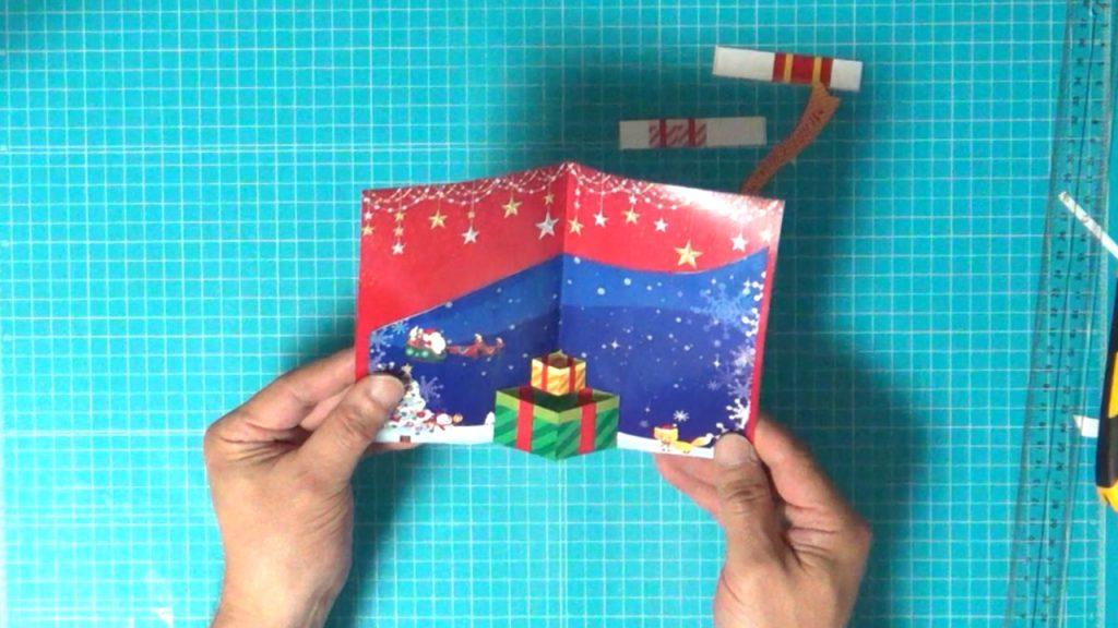 手作りクリスマスカードがほぼできあがりました